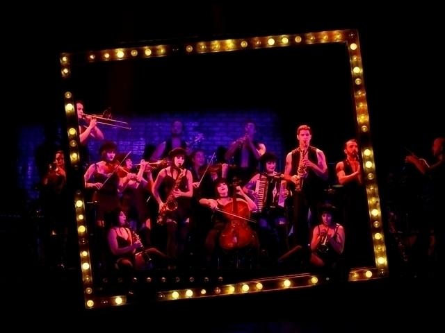 Cabaret Plays Fabulous Fox Thea - boommagstl | ello