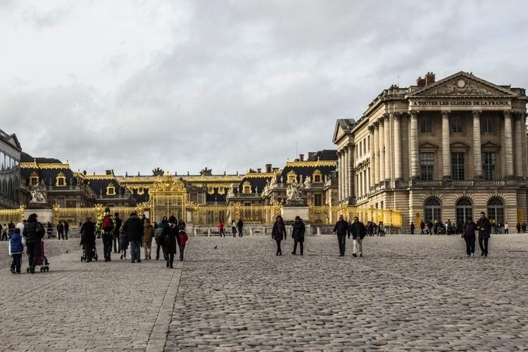Toutes les Gloires de la France - hiohanes | ello