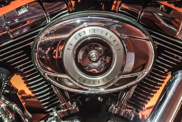 96 Cubic Inches Softail Engine  - sharkypics | ello