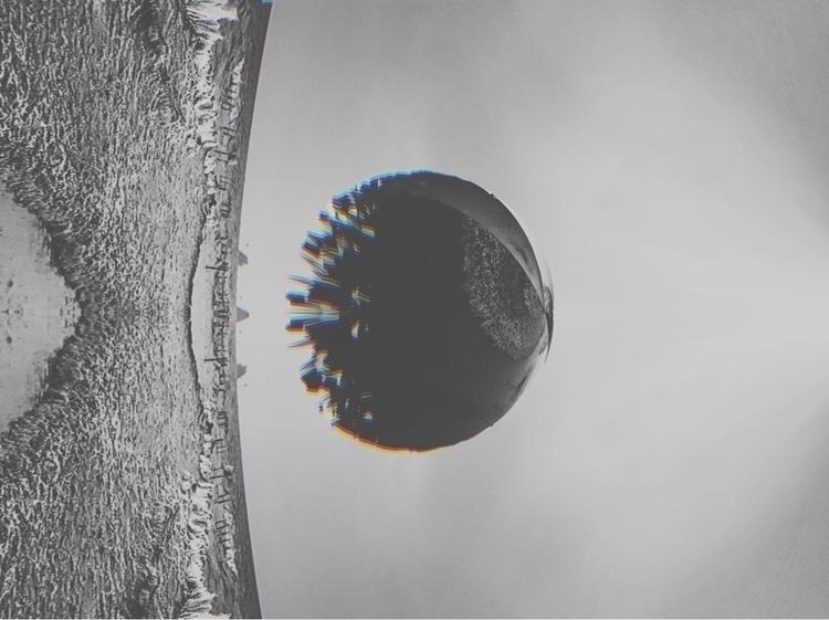 distance, busy shadows - experimental - nhosar | ello