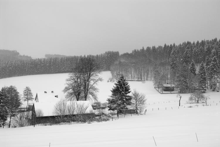 perfect weather, whispered snow - christofkessemeier | ello