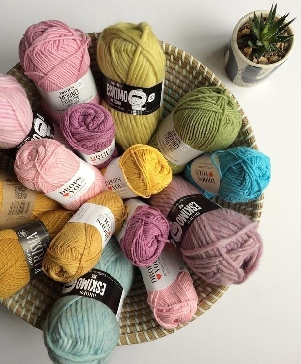 Stash - yarn, wool, textiles - themakersheart | ello