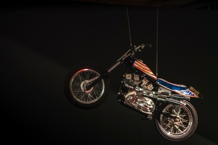 Evel Knievel XR-750 suspended a - sharkypics | ello