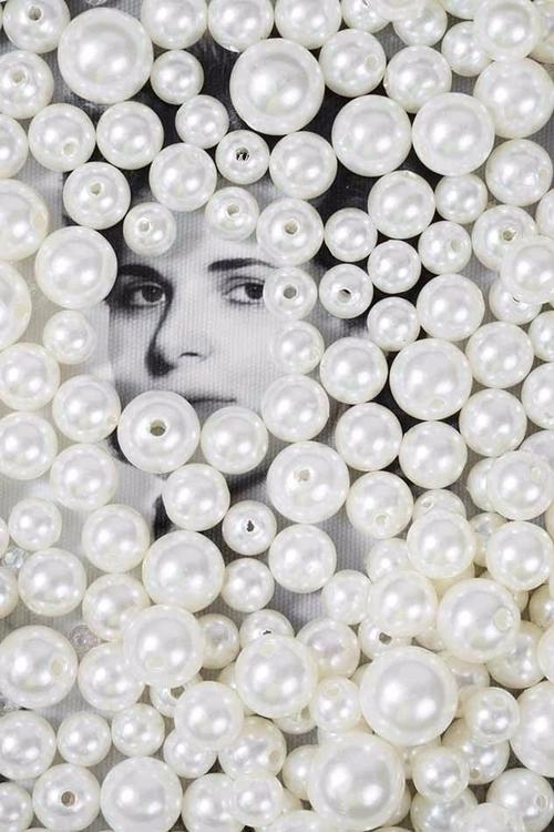 Mom loved pearls - zeren | ello
