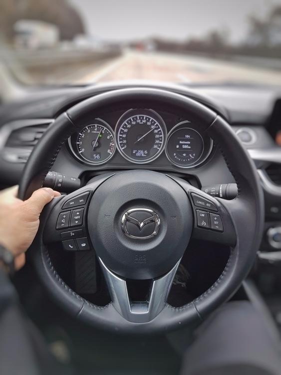 …grabbed Mazda6 Neu-Isenburg; D - rowiro   ello