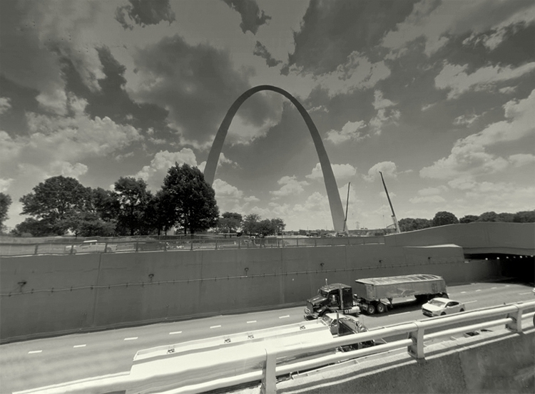Memorial Drive, St. Louis, Miss - dispel | ello
