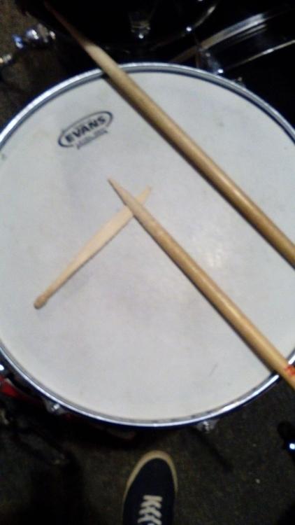 broken drum stick. real drummer - panprzestworzy | ello