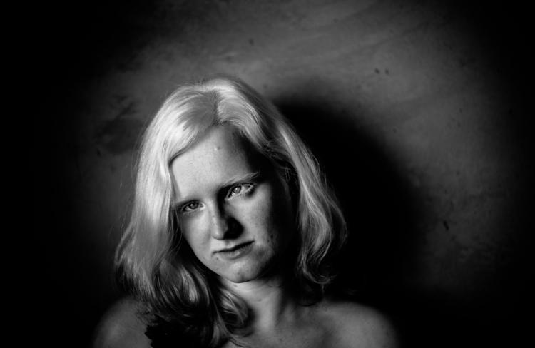 Portrait Heloísa | - camisfontenele | ello