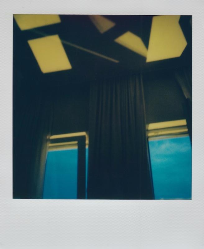 hotel room  - polaroid, instantfilm - adamdreessen | ello