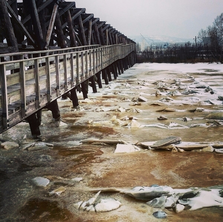 Frozen brandywine waves beneath - asheroswald | ello