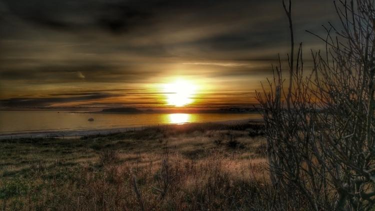 Bausje - Beach Sunset, Vest-Agd - expria | ello