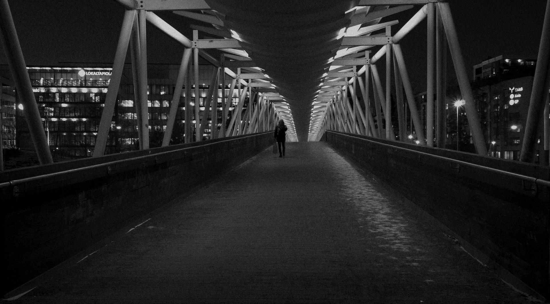 Night walker - photography, cityscape - anttitassberg | ello