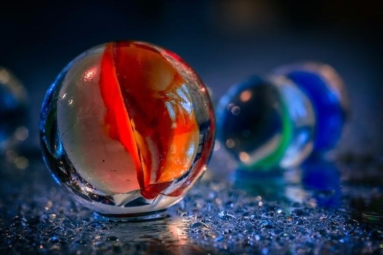 Shooter - marbles, macro, photography - doc | ello
