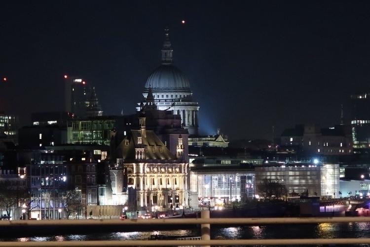 London Dreams - london, londres - vanessafreire | ello
