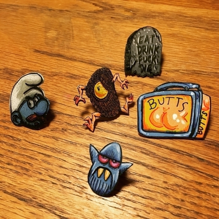 Making pins tonight - royallyeric | ello