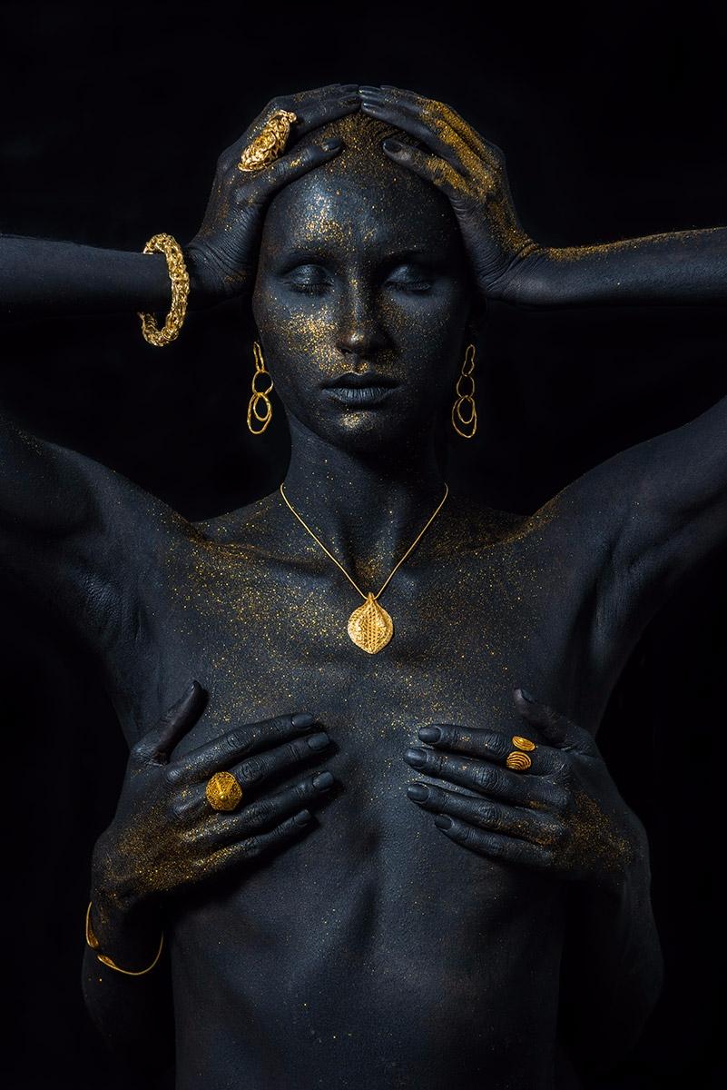 Photographer:Stephan Kotas Bod - darkbeautymag | ello