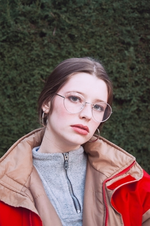 Valérie - elodiemilan3 | ello