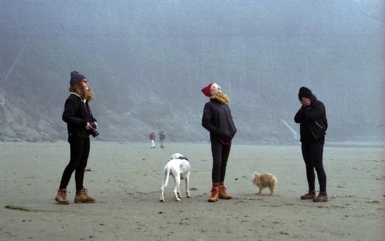 Birthday Beach. Tide rush, wiff - ew | ello