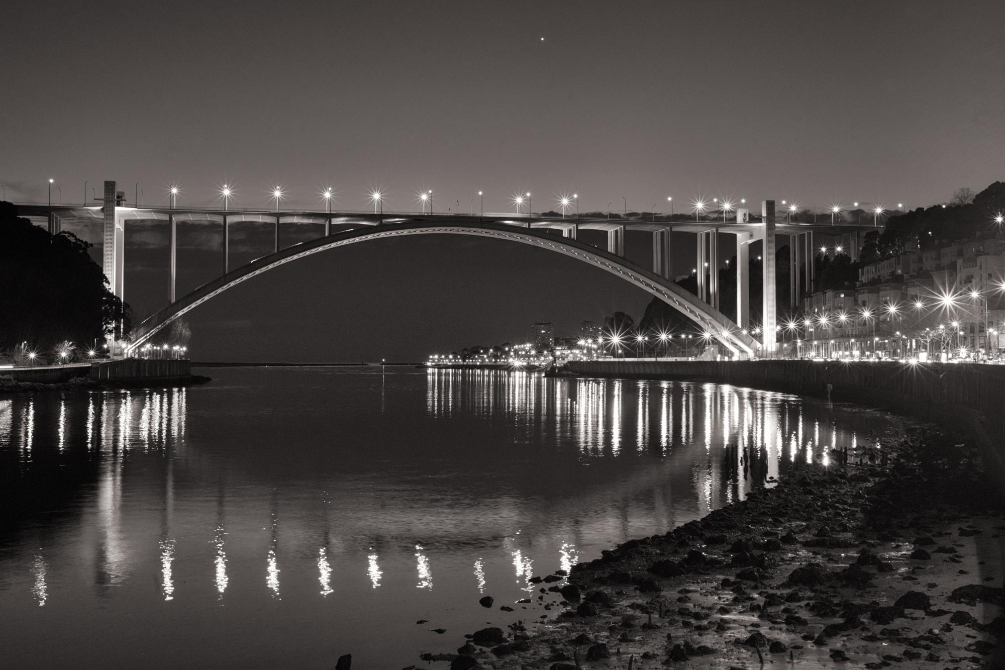 Arrábida - Porto, Portugal, blackandwhite - ryanopaz | ello