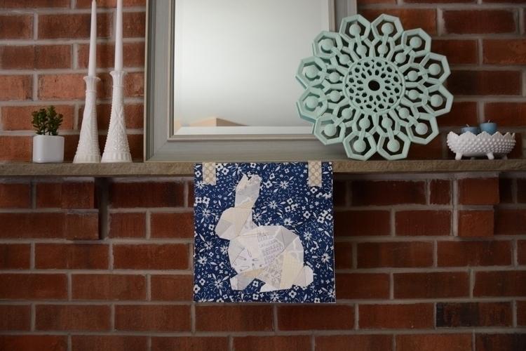 Geometric Bunny (pattern Quiet  - laquintaquilts | ello