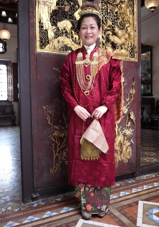 Latar Belakang Baba Nyonya, jug - tsemrinpoche | ello