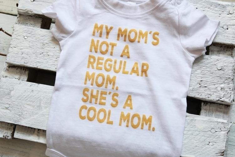 regular mom. cool onesie white  - begoos | ello