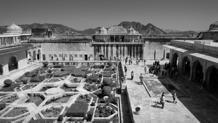 Amber Fort Palace - garden, sheeshmahal - realstephenwhite | ello