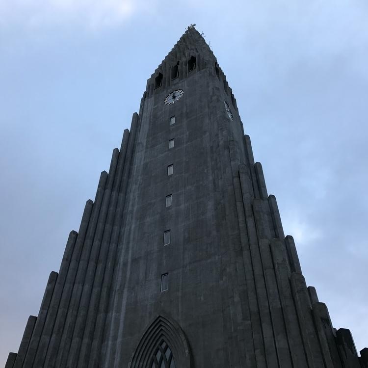 Sunday | Reykavík - finndustry | ello