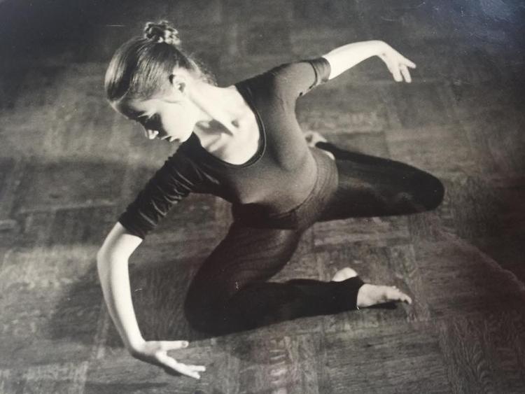 Suzanne Vega late '70s - jc-arts | ello
