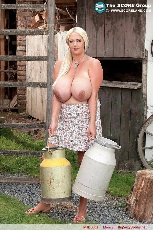 доярки с большой грудью фото