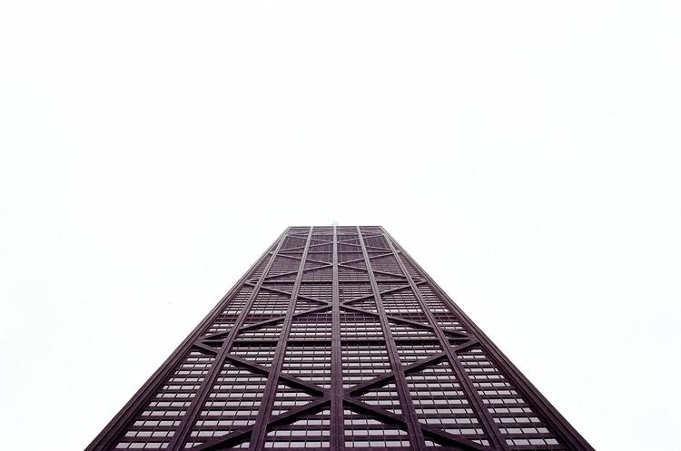 Runway Eyes shot Willis Tower  - ericste_in | ello