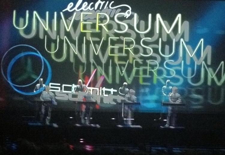 Kraftwerk - Hamburg 11/15 - ringmodulator | ello