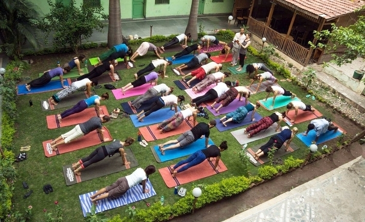 Yoga Teacher Training India - B - rishikeshyogpeeth | ello
