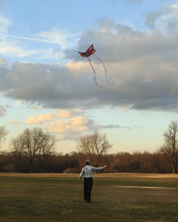 Kite Flyer, 2017 weather improv - sr-shilling | ello