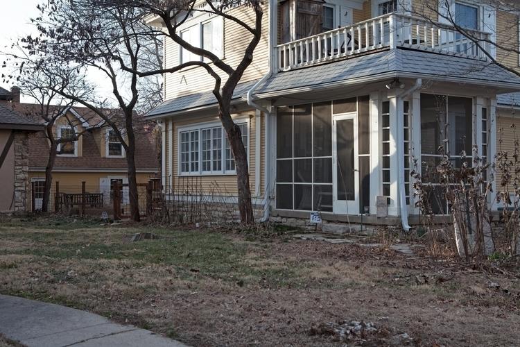 Porch, McGee St, Kansas City Do - odouglas   ello