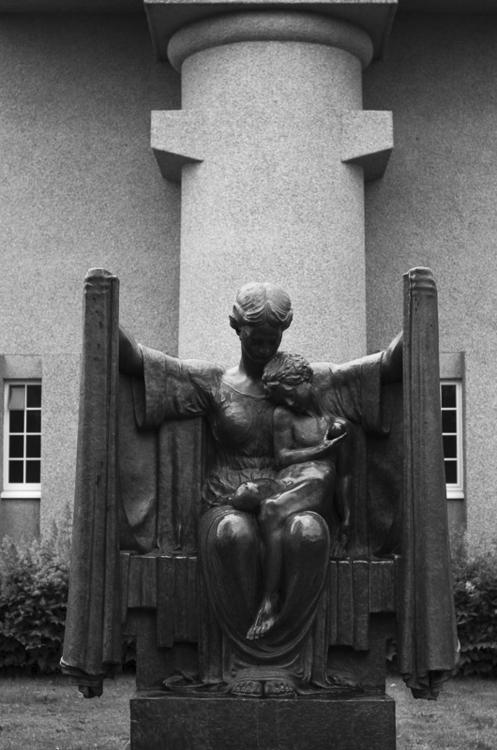 Einar Jónsson Sculpture Garden - icookiephotography | ello
