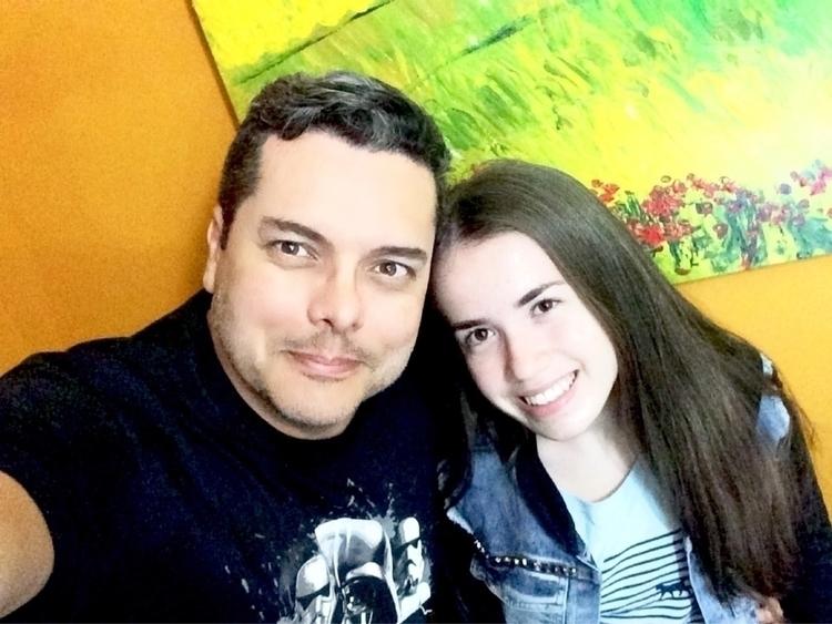 Com atriz Maria Júlia Linhares - alexanderzimmer | ello