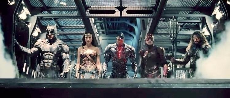 Aquaman! Batman! Woman! Flash!  - bonniegrrl | ello