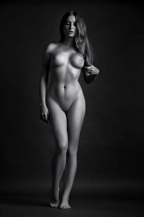 tits, naked, nude, blackandwhite - ukimalefu   ello