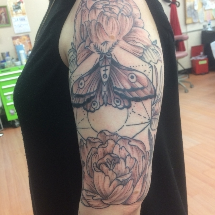 blackandgrey, moth, flowers. - levigreenacres | ello