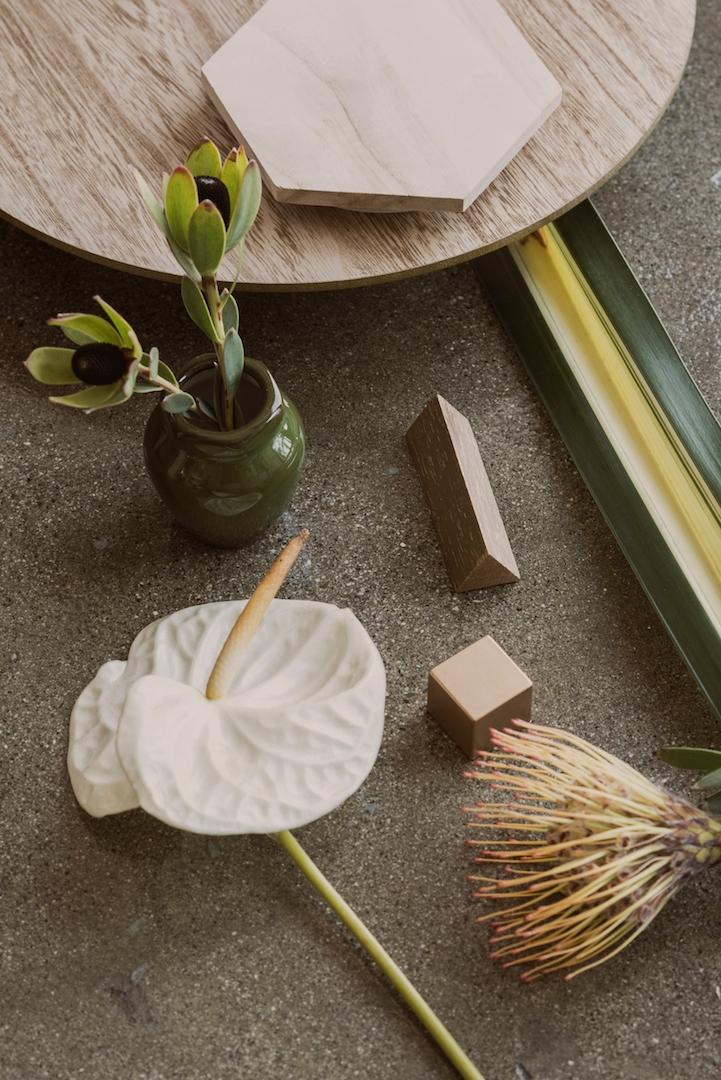 Green Fragile | Knotably Studio - tlvbirdie | ello