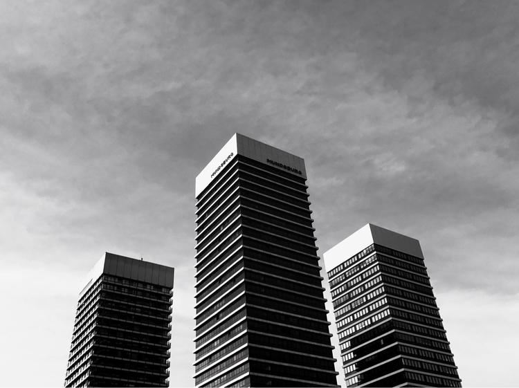 3 Visit portfolio - photography - mobilshots   ello