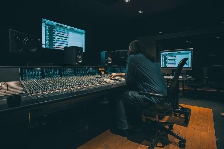 Saturday! invited Studio Tour!  - larecording | ello