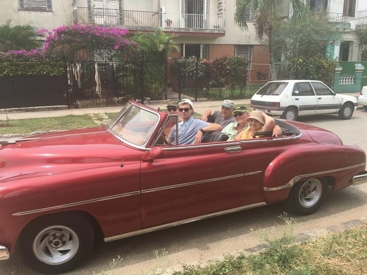 Cuba family - photography, throwback - nicoamatullo | ello