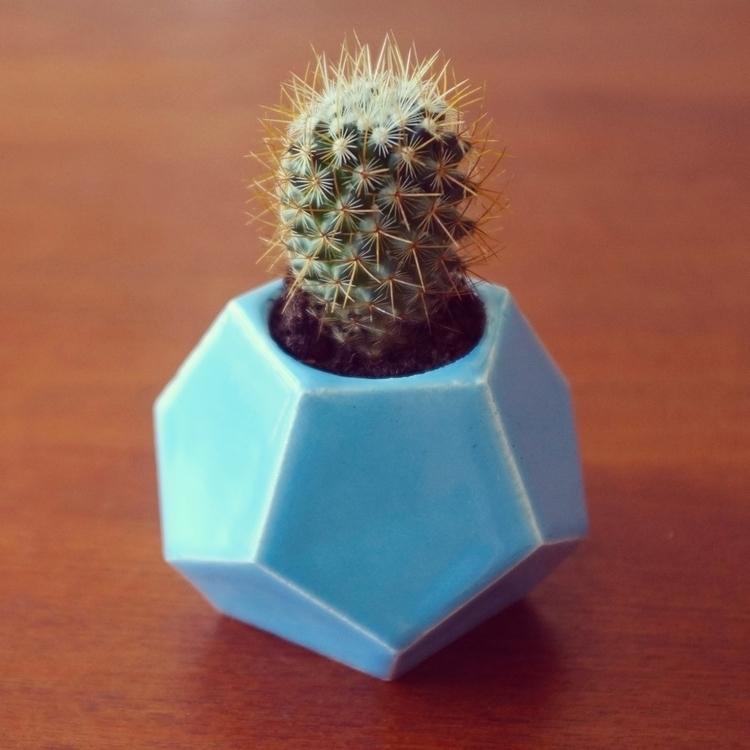 prototype flowerpot - geometric - jackrusher | ello