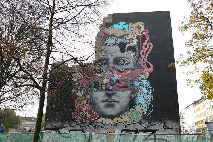 Berlin Views - elvispresley77   ello