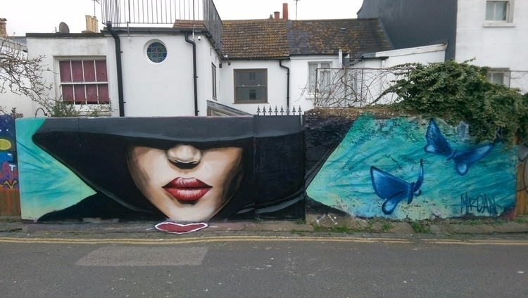 amazing Mazcanarts - streetart, graffiti - quickhr | ello