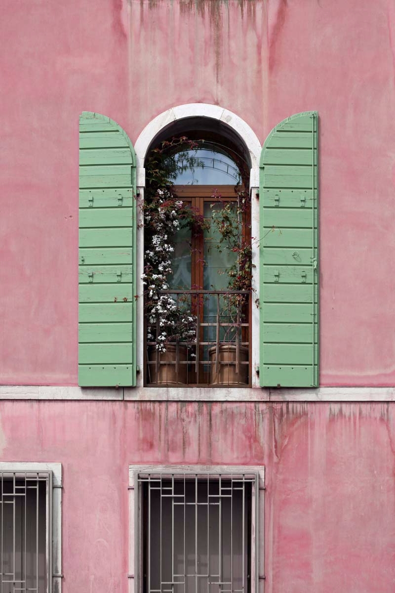 strolling Venice, lovely window - brookeryan | ello