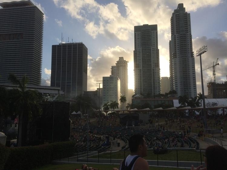 Bayfront, Miami, FL - UltraMusicFestival2017 - artyhermes   ello