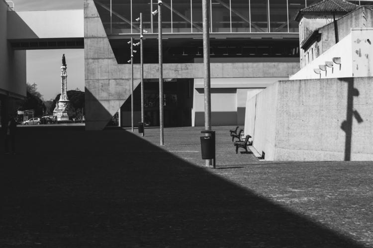 minimalism, lightsandshadows - formiga | ello